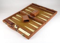 0V591 Backgammon társasjáték kofferban