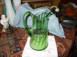 Nagyon szép metszett zöldszínű üveg kancsó