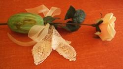 """Fekvő virágtartó.....száraz """"emlék"""" virágnak,muránoi?üvegből."""