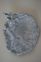 Ezüst színű szecessziós tál nőalakkal