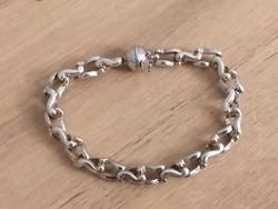 Gyönyörű 925 ezüst karkötő