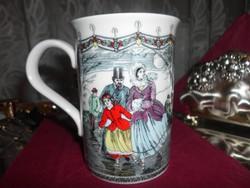 Csodaszép vékony porcelán forralt boros csésze. 2,5dl.
