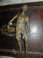 Bronz szobor, 14 cm magas, tömör, nehéz, nem fogja a mágnes