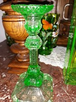 Uránzöld színű gyertyatartó