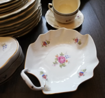 Gyönyörű hollóházi porcelán egyfüles virágmintás kínáló tál