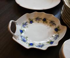 Gyönyörű hollóházi porcelán egyfüles szedermintás kínáló tál a szedres sorozat egy tagja