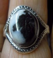 925 ezüst gyűrű 18,8/59 mm, zebra jáspissal
