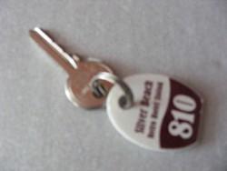 RELIKVIA  Ezüstpart Hotel SIÓFOK 810 -es Szallodai , Hotel kulcstartó