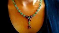 183,92 ct smaragd és ametiszt ezüst nyakék