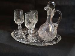 Metszett kristály pálinkás szett 3 db talpas pohárral és dugós karaffával, tálcával, hibátlan
