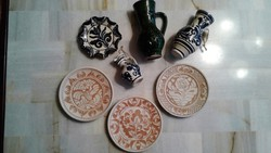 Népi korondi fali dísz tányérok és bokály