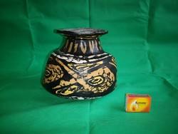 Gorka Lívia Halas váza 19,5x17 tömzsi darab