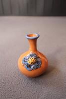 Jelzett K. I. kerámia váza