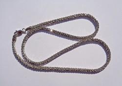 43,8 cm. hosszú 3 mm. vastag hengeres olasz ezüst nyaklánc