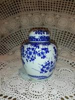 Teafű tartó aromazáró tetővel, porcelán.