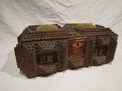 Antik német faragott fa varródoboz doboz tramp art Landau 1897