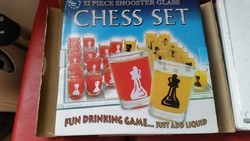 Retro üveg sakk eladó! Poharas sakk.