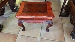 Barokk asztalka eladó