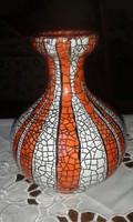 GorkaGéza váza,hibátlan,élénk színű.