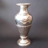Gyönyörű pesti ezüst váza. 530 gr.