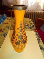 Indiai ezüstözött díszités zománcos  váza