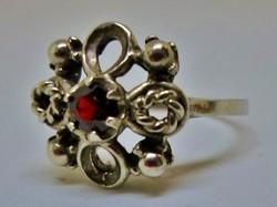 Különleges antik gránátköves ezüst gyűrű