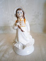 Nagyon szép pöttyös ruhás kislány kalapban Alba Iulia / Julia porcelán 15 cm magas