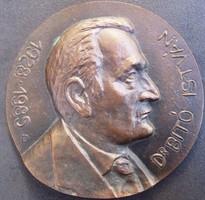 Bronz plakett:Dr.Bitó István, jelzett b, Bartos Endre, átmérő 120 mm