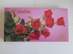 Régi desszertes (karton) doboz - Szerencsi Csokoládégyár (Petit praliné, 1994; rózsás)