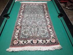 Kashmir selyem szőnyeg