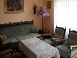 Koloniál kanapé és fotelek , nappali bútor