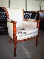Gyönyörű stil fotel!
