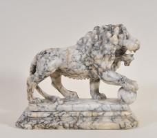 Márvány oroszlánszobor, Itália, 18. sz