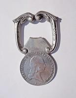 1815-ös érmés pénzverdés ezüst üvegnyitó