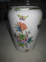 Régi herendi váza  átm. 15 x 22 cm  restaurálni kell