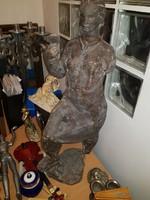 Turcsányi Árpád 70 cm-es szobra, kissé sérült
