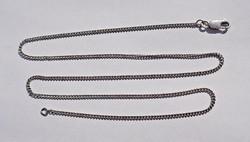 51,2 cm. hosszú, 1,5 mm. vastag ezüst nyaklánc