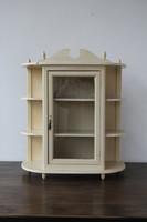 Vintage polc, ékszertartó, üveges fali szekrény