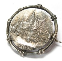 Raimondo Lorenz ,BRESLAUi  udvari ékszerész ezüst jelvény.