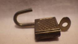 Mini lakat és kulcs gyűjtőnek