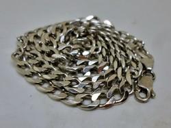 Szép újszerű uniszex hosszabb  ezüstnyaklánc