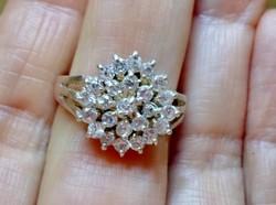 Különleges szép régi ezüstgyűrű kristályokkal