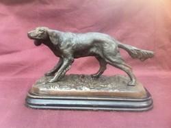 Antik öntöttvas kutya, vizsla szobor