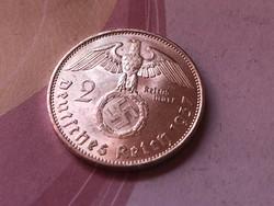 1937'A' ezüst horogkeresztes 2 márka Verdefényes