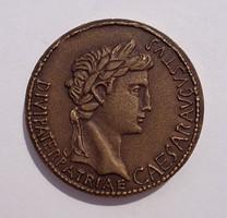 K. S. jelzéssel római stílusú bronz érme