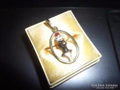 Mórfejes arany medál
