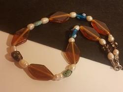 Muránói üveg  és valódi gyöngy gyöngysor.