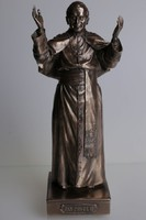 II. János Pál Pápa szobor