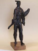ANTAL KÁROLY: Vadorzó, bronz szobor