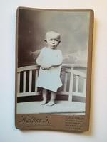 Régi fotó gyermek portré